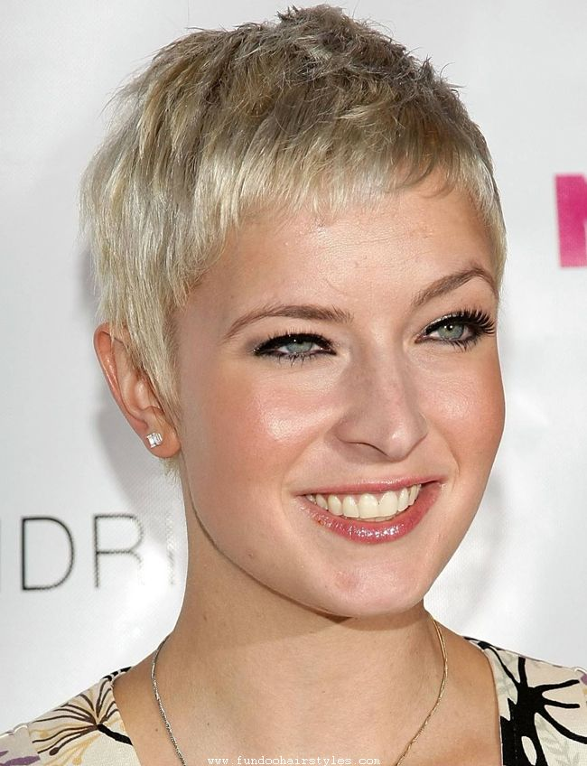 Latest Pixie Haircut Pics For Womens And Girls